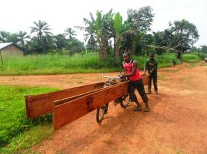 Transport planches sur vélos