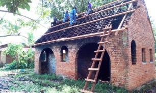 Renforcement de la toiture avant le tolage